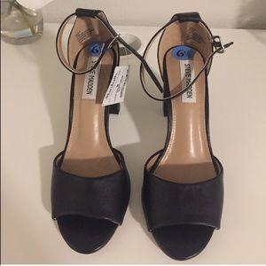 Black Steve Madden Block Heels Size 6.5 NWT